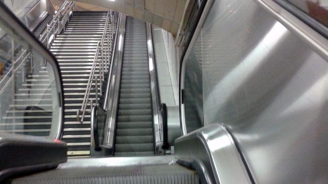 Los 88 peldaños del éxito-escaleras vacías