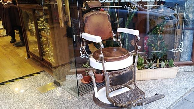 la revolucion de las canas sillón de barbero