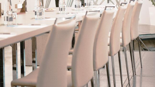 narrativa estratégica, mesas para hablar al público